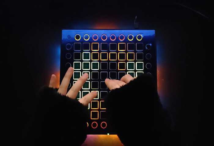 【launchpad】这曲儿 真硬! Lost In Time